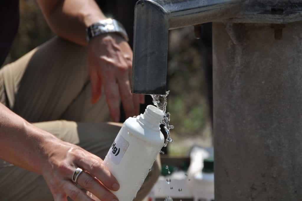 Ölfeld Unity - Handbrunnen - Wasserprobe